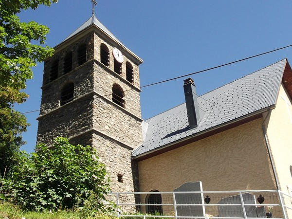 L'église de Oulles.