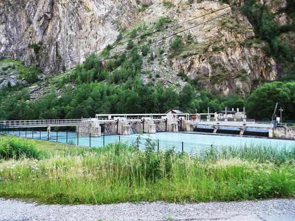 Un barrage au Plan du Lac.