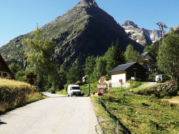 A l'entrée de Pré Clot, la Tête du Pouyet (2834 m).