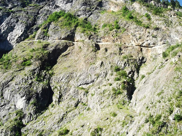 Depuis la Plaine de Bourg-d'Oisans.vue de la route de Villard-Notre-Dame qui se trouve... 100 mètres plus haut !