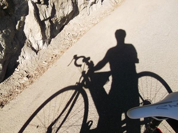 Cette ombre me dit quelque chose !