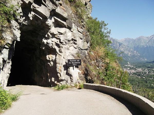 Sortie du troisième tunnel.