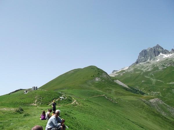 Vue sur le Carrelet (2132 m) depuis le Col du Glandon.
