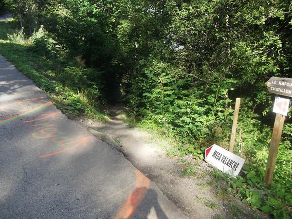 Passage de la Mega valanche pour les fondus de descente en VTT.