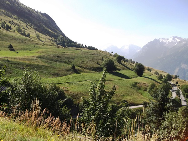 Alpages au-dessus de Villard-Reculas.