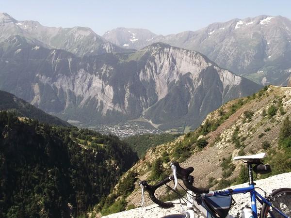 Vue sur le Col du Solude et le Prégentil.