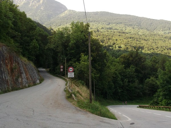 La bifurcation avec la montée vers Bons.