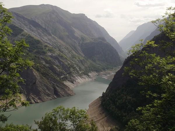 Enfin un vue sympa sur le Lac de Chambon.