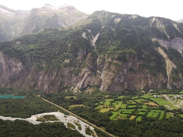 La montée du Col du Solude.