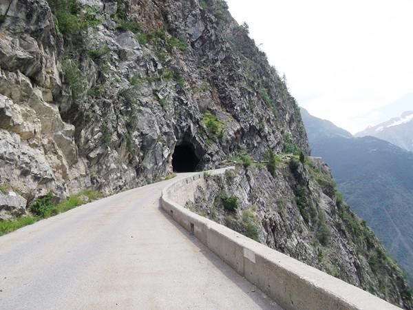 ... qui vient juste après la sortie du tunnel de la Fayole.