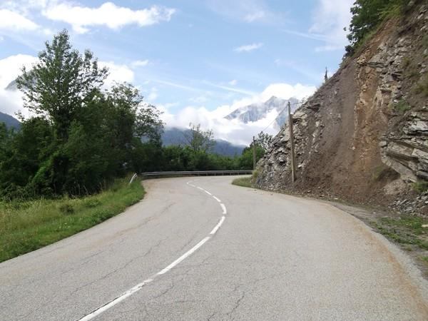Sur la route entre les Châtains et le Freney-d'Oisans.