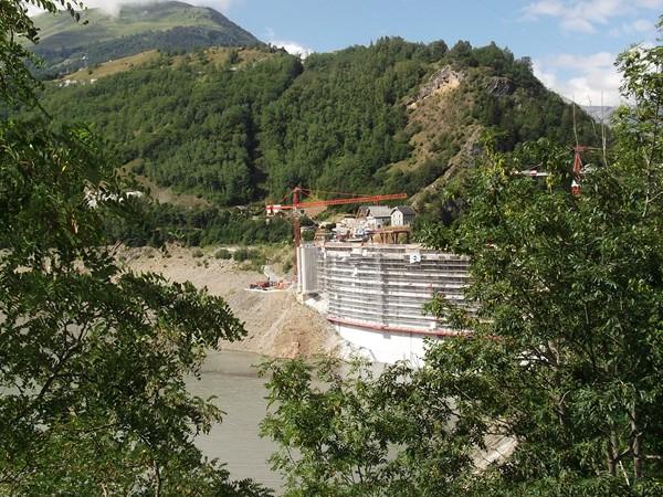 Le Barrage du Chambon en travaux.