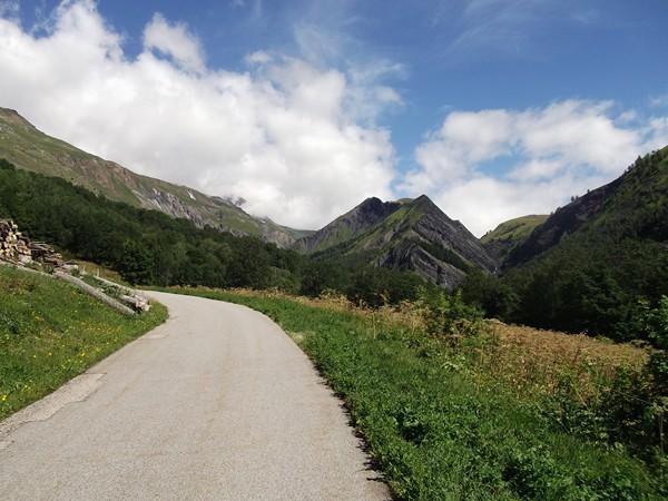 A la sortie de Clavans le Haut, la Vallée du Ferrand se découvre... magnifique !