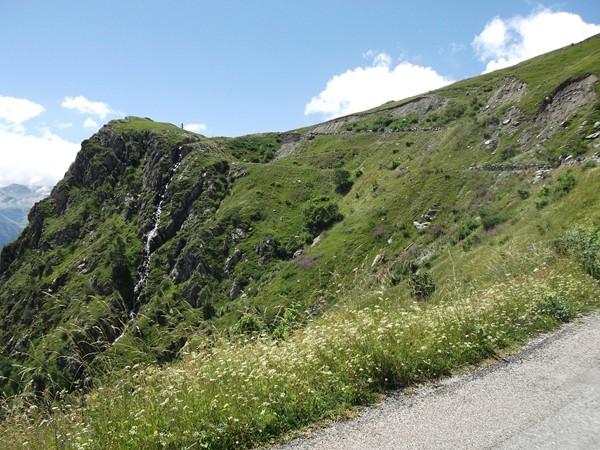 Le Col de Sarenne est en vue.