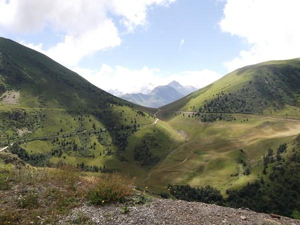 Le Col de Cluy (1801 m).