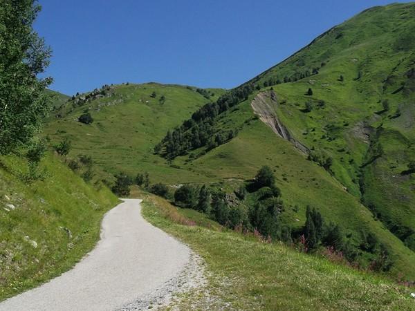 Petite route de montagne pour moi tout seul !