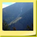 Les chalets de Geiggla accrochés sur le flanc du Glisshorn.
