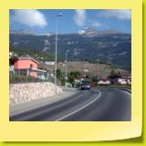 Juste avant Veyras, que la montagne est belle. A droite, le Petit Mont Bonvin (alt. 2283 m).