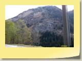 A l'Ouest d'Evolène, le flanc austère du Pic d'Artsinol (alt. 2998 m).