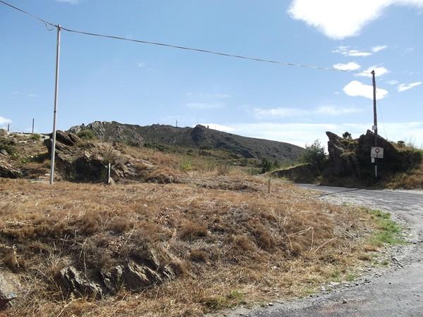 Col de las Portas - vue à l'Est sur le Fort Béar.