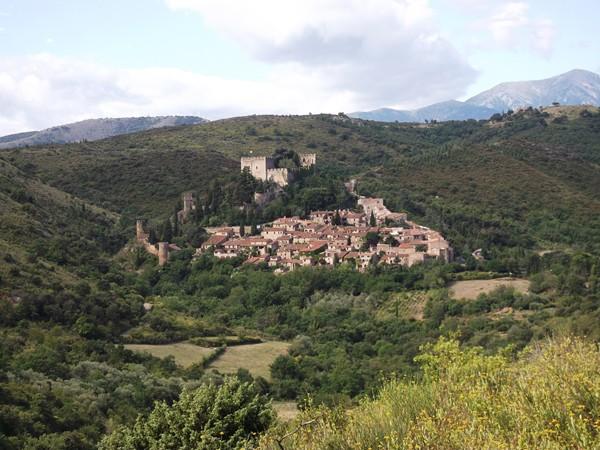Castelnou, classé parmi les plus beaux villages de France.